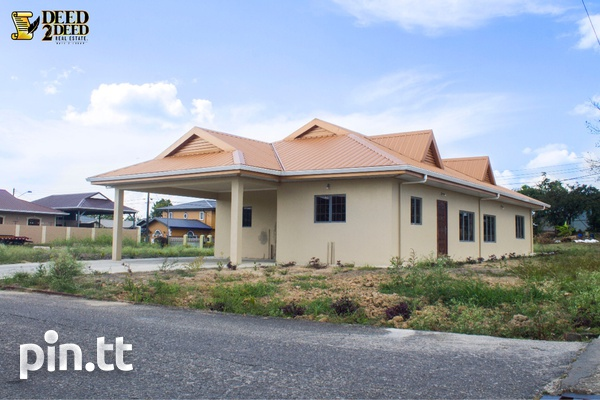 Newly built house with 3 bedrooms, Hillview Gardens, Longdenville-1