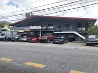 Commercial 2 storey property