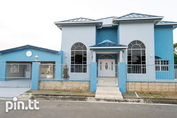 Tobago 4 bedroom house with pool-1