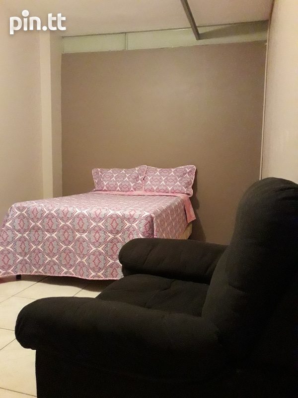 Spacious Apartment with 1 Bedroom-3