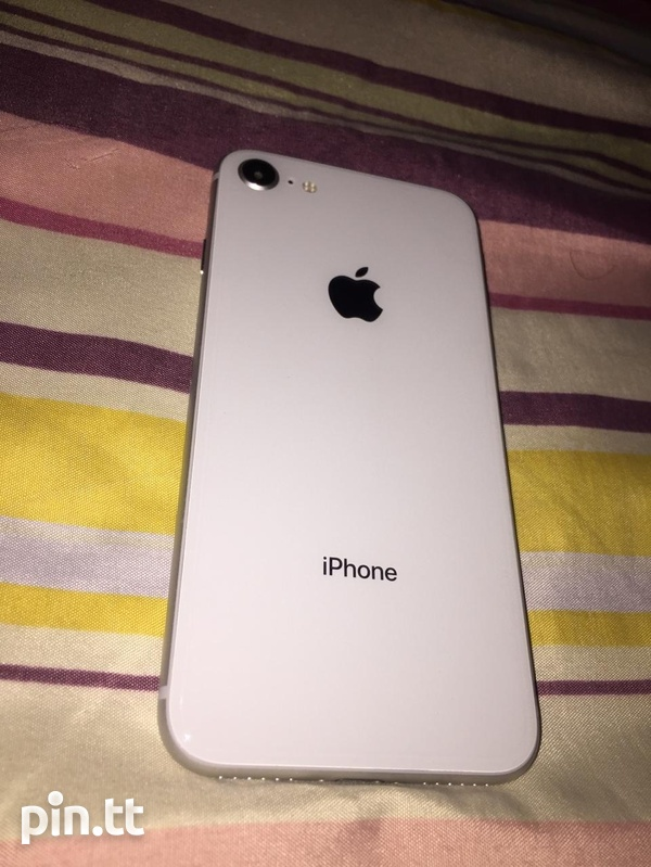 iPhone 8 like new-2