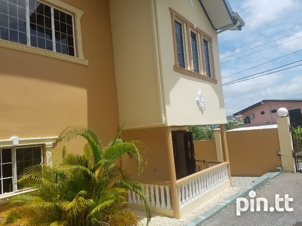 San Fernando townhouse with 3 bedrooms-8