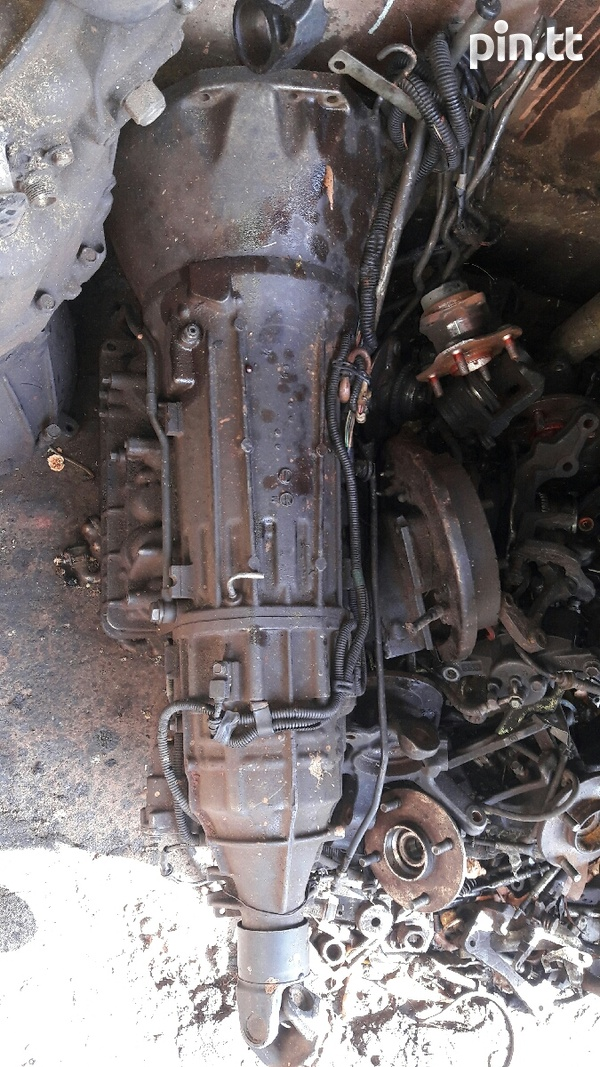 RB25 5 speed transmission-1