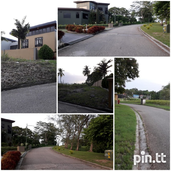 Residential 22,358sqft in gated community.