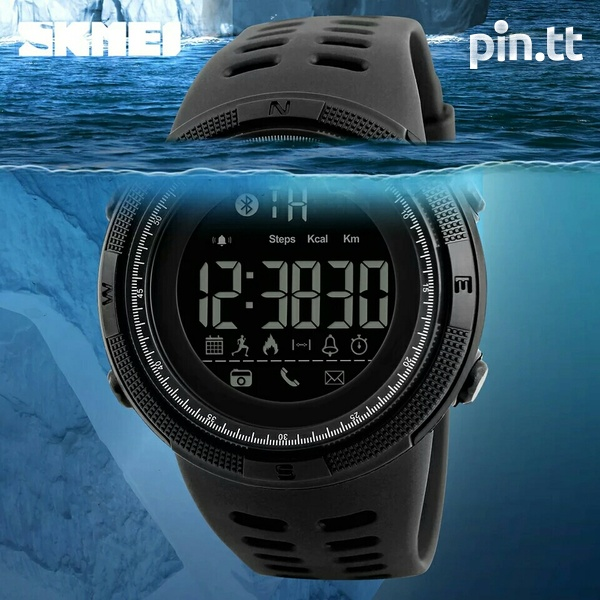 Waterproof Bluetooth Smart Watch G-Shock style, works with any phone-4