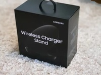 Samsung Wireless Charger Stand 2018 Brand New