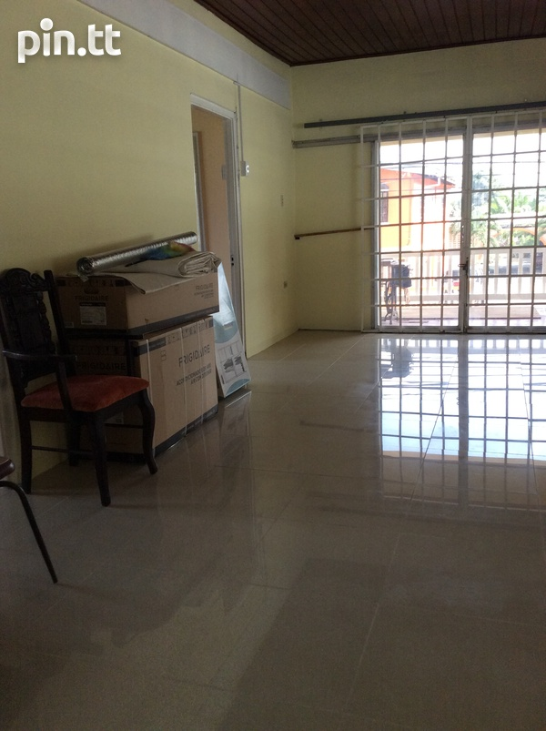 Apartment with 3 bedrooms-4