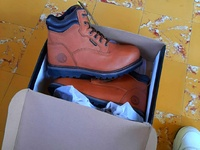 Steel toed workman boots
