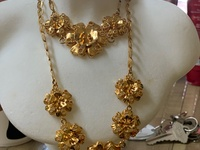 Beautiful 2pc And 3pc chain sets