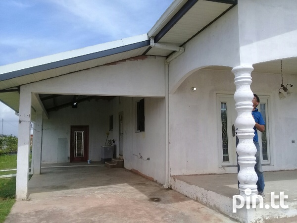 Waterloo house with 3 bedrooms-3