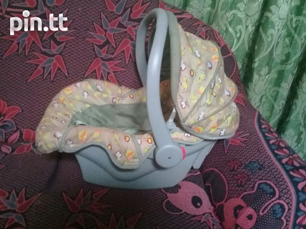 Baby Carseat Carrier and Rocker 3 in 1-4