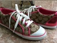 Coach Barrett Size 7.5B Leather Trim Sneakers