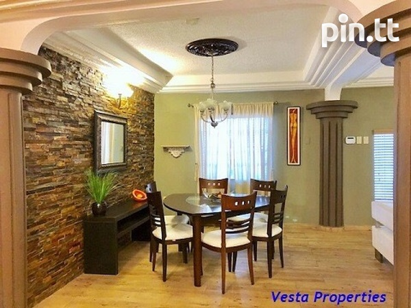 Gorgeous 3 bedrooms townhouse available-4