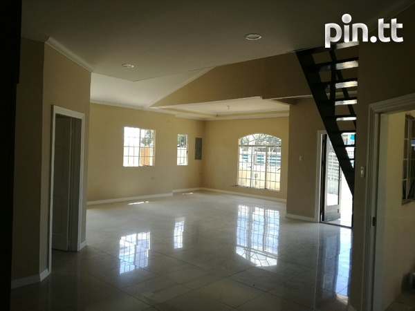 New house with 3 bedrooms-2