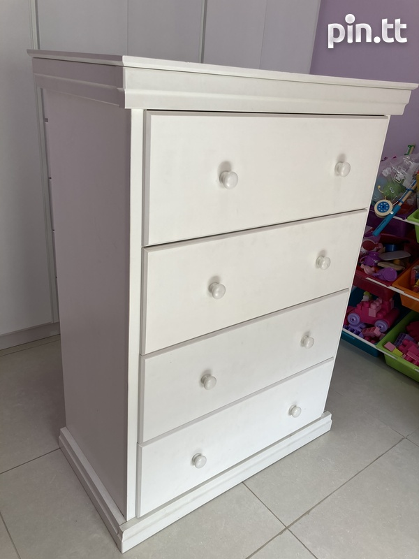 Chest of drawers-2