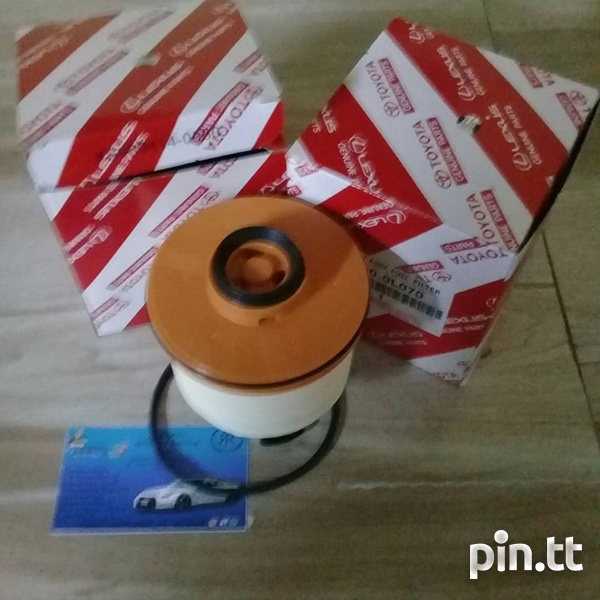 Toyota hilux revo fuel filter-1