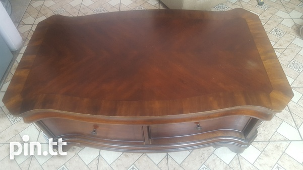 Used Mahogany Cocktail/ Center Table-1