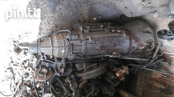 RB25 5 speed transmission-3