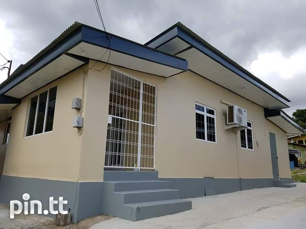 House with 2 bedrooms-1