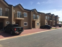 Dabadie townhouse with 3 bedrooms