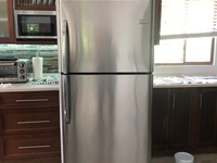 Fridgidaire Fridge
