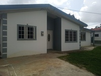 5 Bedroom House in the Residential Community of Fairview Park Freeport