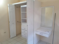 ST James unfurnished apartment with 2 bedrooms