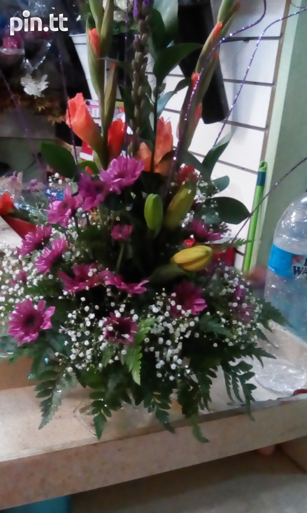 Flower arrangements for any occasions-1