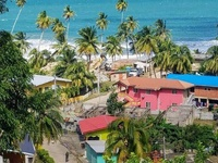 1/2 lot, land facing the sea in Sans Souci, Toco