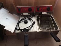 REDUCED TWIN VANTCO DEEP FRYER COMMERCIAL USED