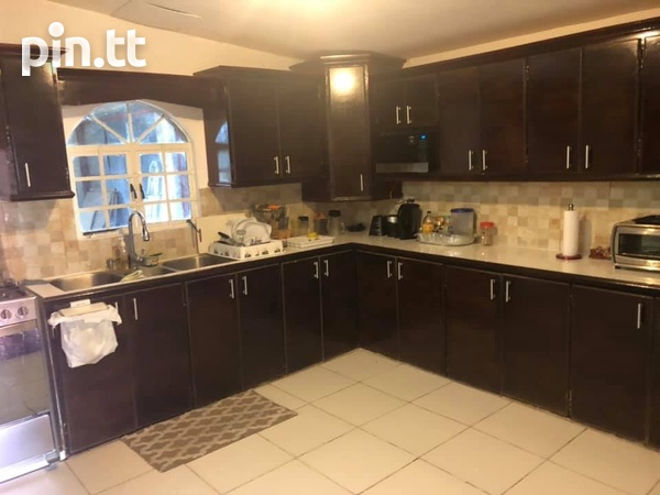 Charlieville Home with 3 Bedrooms-2