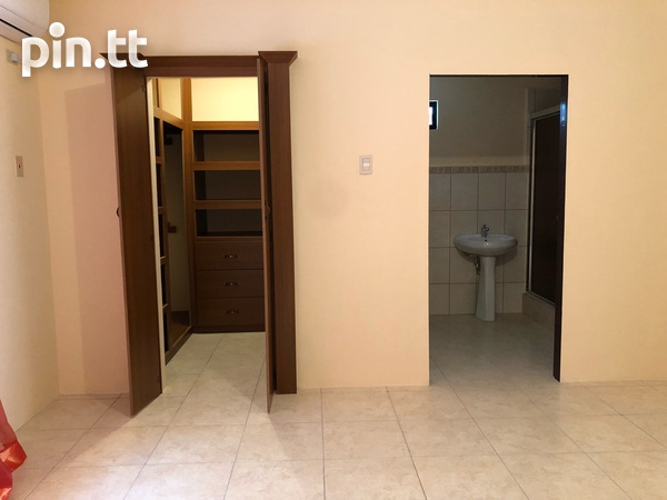 Move in Ready Central Home with 3 bedrooms-6