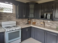 3 Bedroom Furnished House Maloney