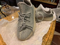 New YEEZY hoes