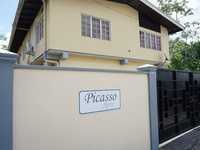 Two Bedroom Hydraulic Road Picasso Apt