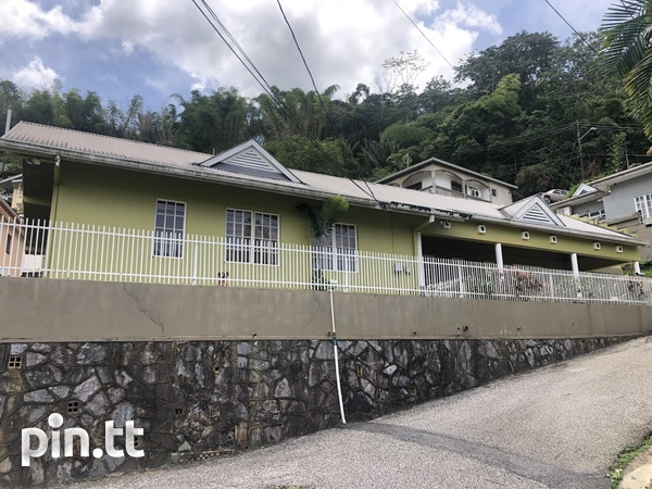 Petit Valley 4 bedrooms house on 5100 sq ft land-1