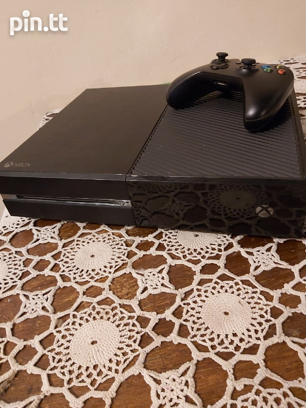 xbox one with 3 awsome games-1