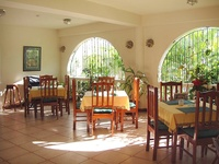 10 Rm Guest House - Bon Accord, Tobago
