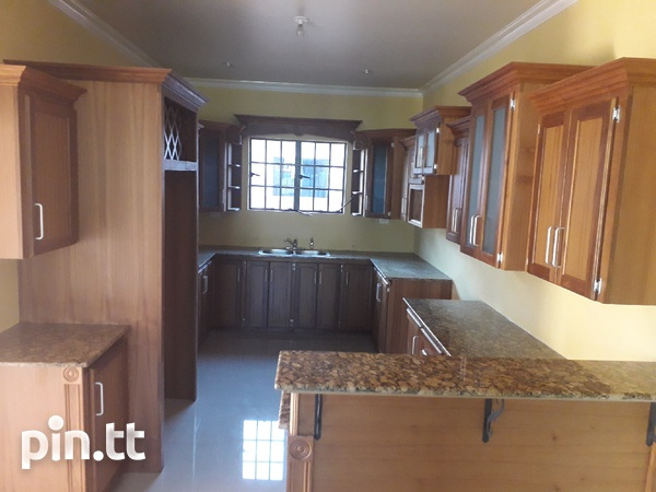 Chaguanas lovely 3-bedroom Townhouse