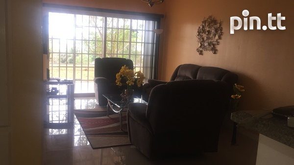 Fully furnished 3 bedroom apartment in Cara Court Claxton Ba-6