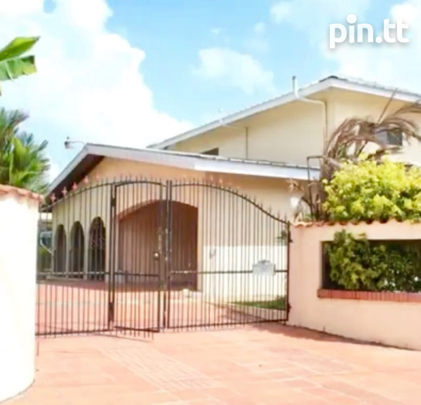 Dabadie Santa Monica Gardens 3 Bedroom House-6