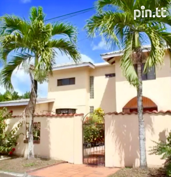 Dabadie Santa Monica Gardens 3 Bedroom House-2