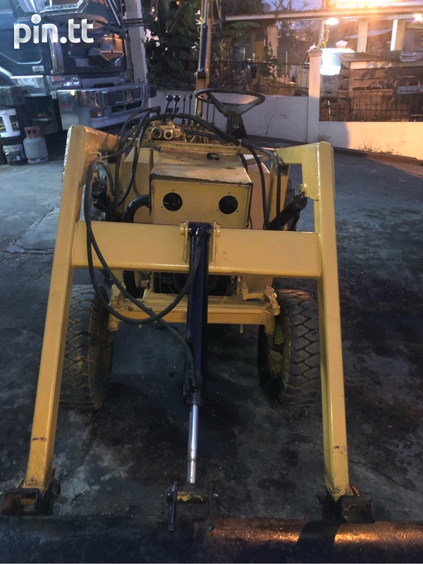 Mini Backhoe-3