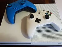 Xbox One Console and 2 controllers