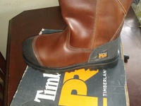 Timberlanm high cut, brand new pure original leather.