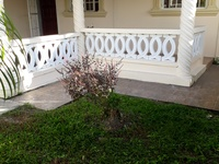2 Bedroom Apt,Porch and Laundry Area.Palmiste Chaguanas.393-7383.