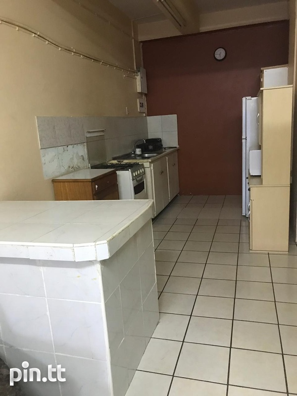 One Bedroom Apartment Fully Furnished-4