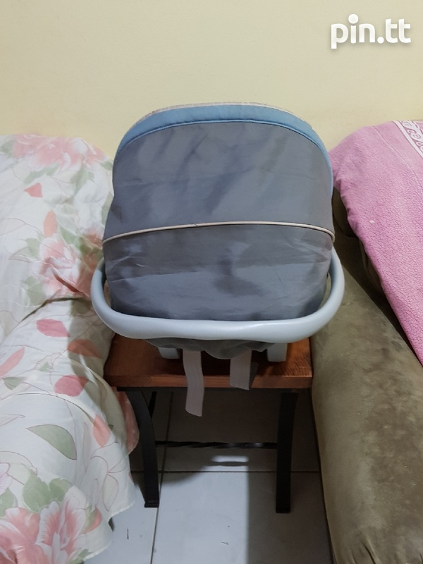 Used Graco Car Seat and Stroller-4