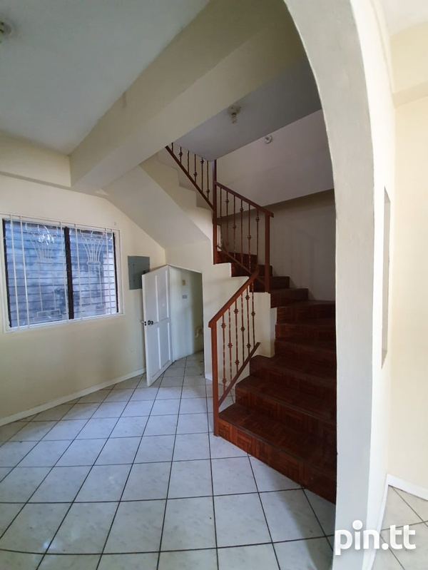 Mohan Drive apartment with 1 bedroom-2