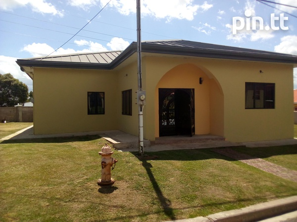 Arima property with 3 bedrooms-5